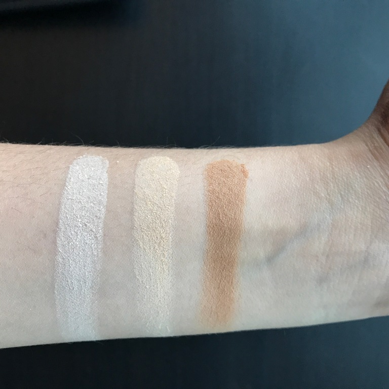 Charlotte Tilbury Airbrush Flawless Finish Powder (left to right): 1 Fair, 2 Medium and 3 Dark